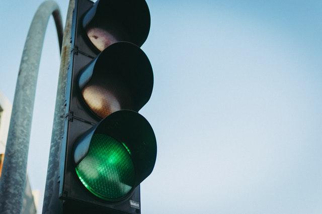180520 Green light