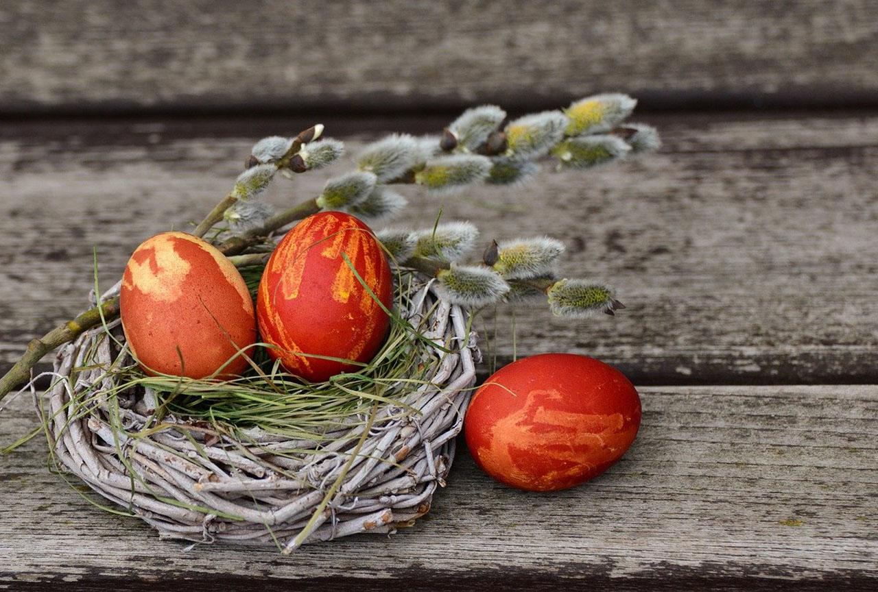 Easter_easter-eggs-2145667_1280